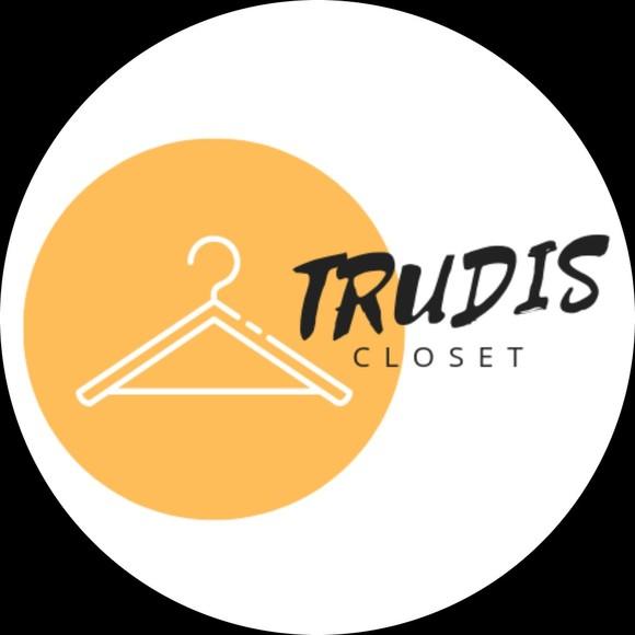 trudis_closet